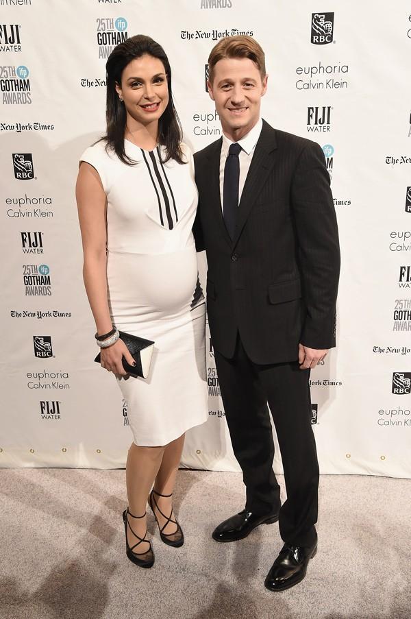 Ben McKenzie y Morena Baccarin.